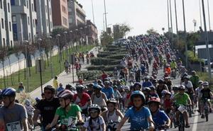 Más de 4.000 personas en la VIII Umeen Bizikleta Festa