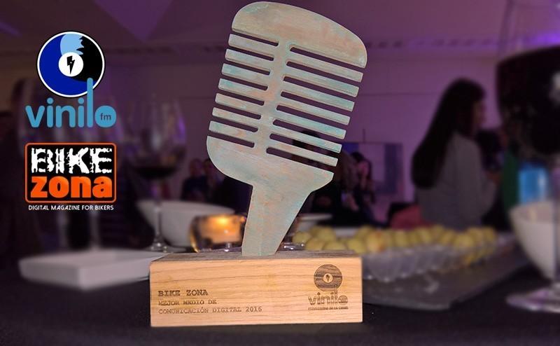 BikeZona premiado en la gran gala Pedaleando en la Costa de Vinilo FM