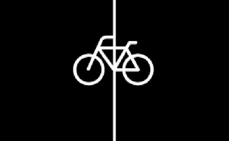 Concentración en Bilbao tras la muerte de un ciclista urbano