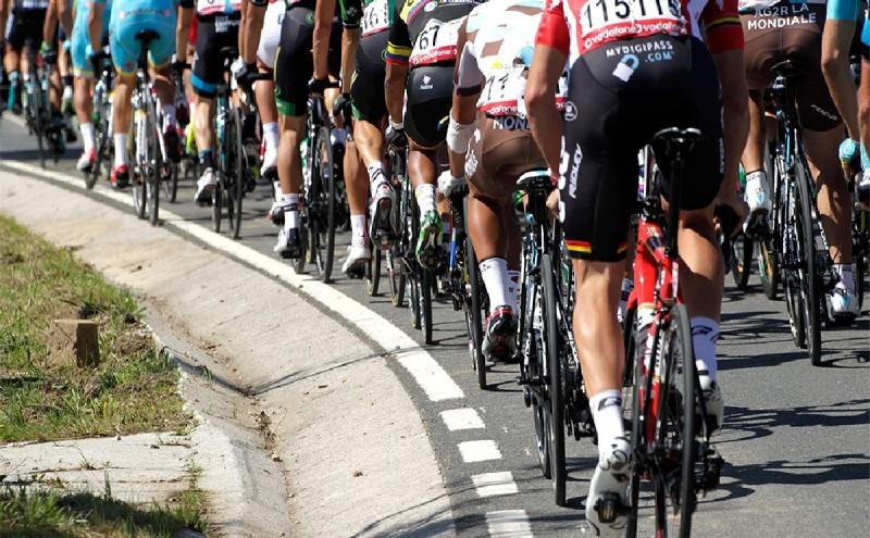 Equipos participantes en la Vuelta a España 2016