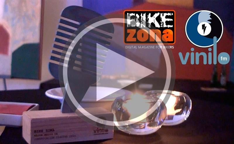 Gala entrega premios Pedaleando en la Costa Vinilo FM