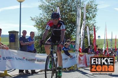 Ruiz de Larrinaga hará doblete en Euskadi este fin de semana
