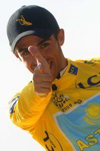 Alberto Contador aparece en twitter