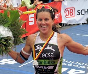 Charla Mujer y Deporte de elite con Virginia Berasategui