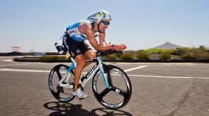 Los mejores triatletas del mundo se citan en Vitoria