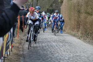 Las ciclistas del Bizkaia-Durango podrán disputar el Giro Donne