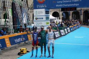 Eneko Llanos subcampeón del mundo de triatlón