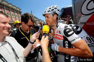 Tour de Francia: Carlos Sastre-Armstrong nos ha dado su última gran lección