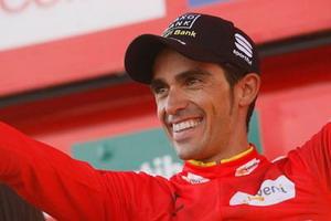Menchov gana en la Bola del Mundo y Contador se asegura la Vuelta