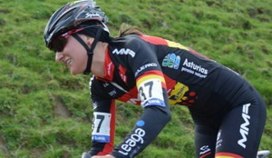 Aida Nuño hace historia en la Copa del Mundo de Ciclocross