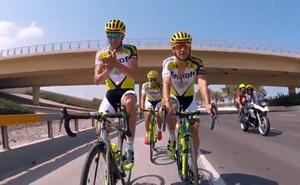 Alberto Contador se despide del Tinkoff cantando sobre su bici