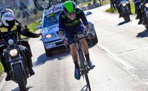 Alex Dowsett renueva por Movistar Team