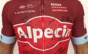 Bollé sortea un maillot firmado por el Team Katusha