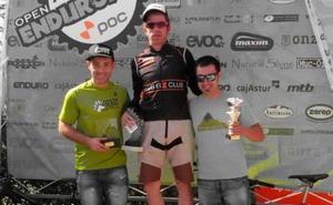 Diez Arriola (Bikezona Team) gana la cuarta del Open EnduroAstur
