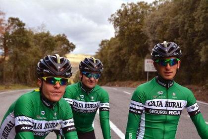 El Caja Rural-RGA ya luce su casco #PROFIT para la temporada 2018