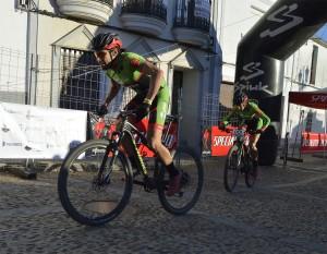 El Extremadura-Ecopilas gana la II Aquanex-Val Serena Bike Race