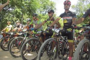 El  I Rally Ciudad de Huelva con 243 bikers