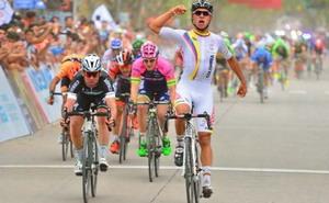 Gaviria supera a Cavendish y es líder en San Luis