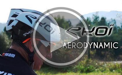 Josema Fuente prueba el Ekoi Aerodynamic, casco del  AG2R LA MONDIALE