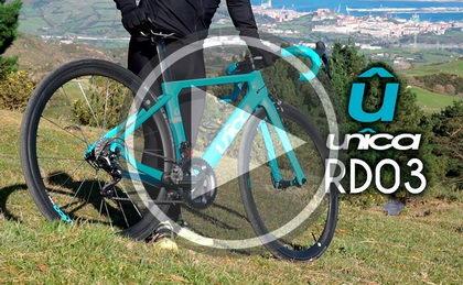 Josema Fuente prueba la UNÎCA RD03: Una bicicleta 100% rutera
