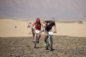Josep Betalú vuela y es el nuevo líder de la Titan Desert 2016