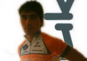 Julian Sanz compite en la Madrid-Gijón-Madrid