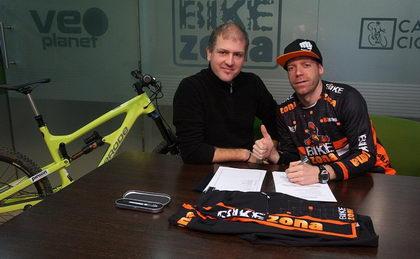 La marca neozelandesa Zerode patrocinará a J.A. Díez Arriola del BikeZona Team