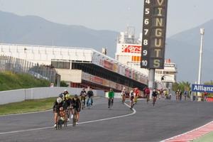 Las bicicletas pedalean hasta el BiCircuit Festival