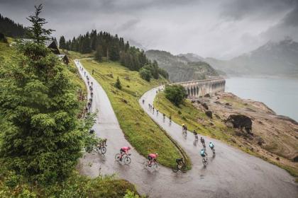 Listado de bajas Tour de Francia 2021