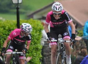 El Lizarte con su equipo de gala en la Vuelta a Navarra