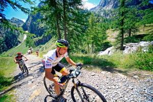 Milton Ramos lidera con solvencia el Iron Bike 2014
