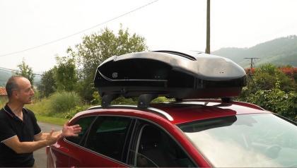 Nuevo cofre de techo Cruz Paddock Elite 400N con diseño aerodinámico