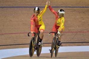 Oro de Tania Calvo y Helena Casas por equipos de Glasgow