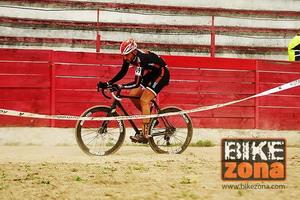 Por la  uniformidad de los horarios en ciclocross