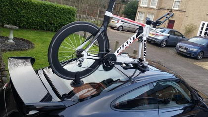 Prueba el SeaSucker para transportar tu bicicleta y olvídate de problemas