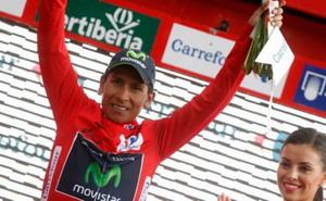 Quintana recoge el maillot de líder de La Vuelta