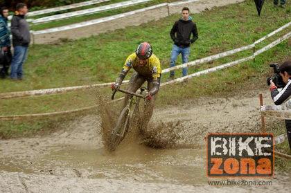 Se presenta mañana el Ginestar-Delikia, primer equipo pro español de ciclocross