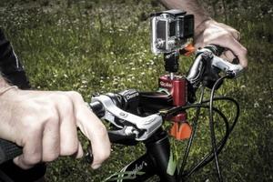 Soportes Mountain Bike de Rollei para grabar tus aventuras
