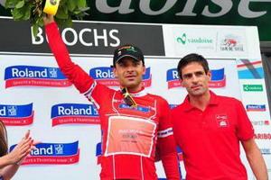 Robert Vrecer de Euskaltel Euskadi lidera la montaña en Suiza