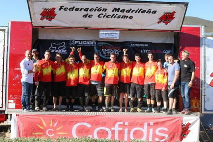 Toni Ferreiro y Sandra Jordá campeones de España de Enduro