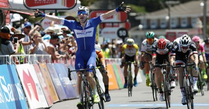 Tour Down Under: Viviani se lleva la tercera, Ewan sigue de líder