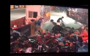 Vídeo: Caída masiva en el Red Hook Criterium de Nueva York