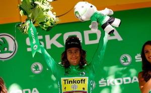 Vídeo: Peter Sagan gana por milímetros en el Tour