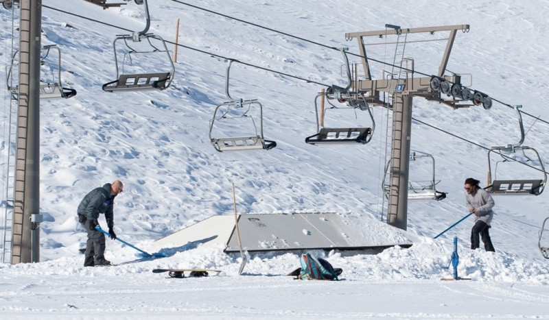 El snowpark Sulayr de Sierra Nevada arranca la temporada