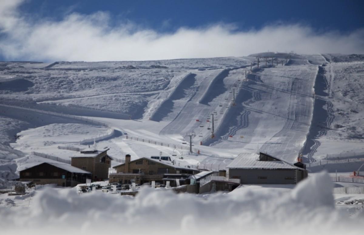 La I edición del Snowcross La Covatilla en febrero