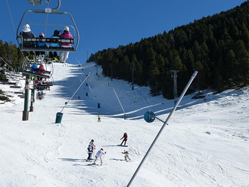 La Primera estación de esquí abierta de los Pirineos