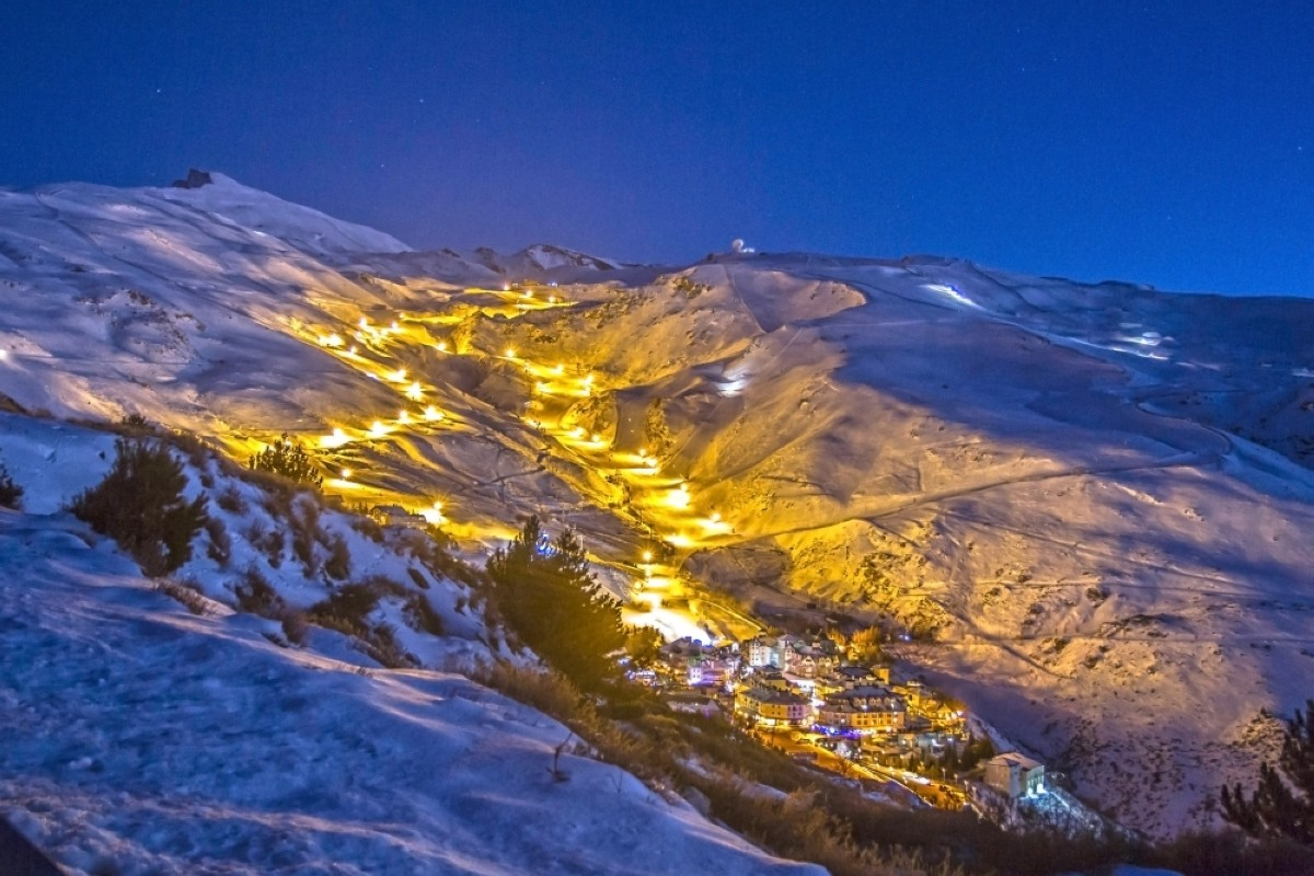 Sierra Nevada amplía el esquí nocturno a la pista Maribel