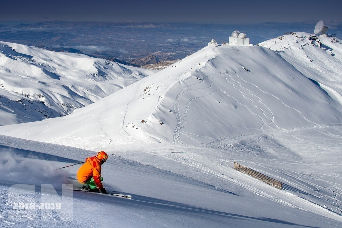 Sierra Nevada lanza la compra anticipada de forfaits de larga duración