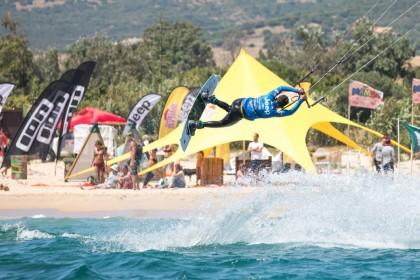Espectacón en la segunda jornada del mundial de Kitesurf