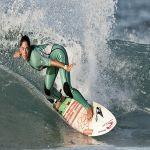 Arnette Garazi a por el título del Circuito Vasco de surf